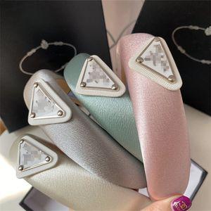 Carta clásico triángulo encanto esponja diadema Las vendas de moda con la caja de la señora partido Hairband de regalos de la yoga bandas del pelo Turbante
