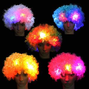LED-Ventilator-Perücke Flashes Explosion der Kopf Curly Perücke Clown Halloween-Dekoration Bunte leuchtende Kopfbedeckung Partei-Perücke führte Cosplay Perücken