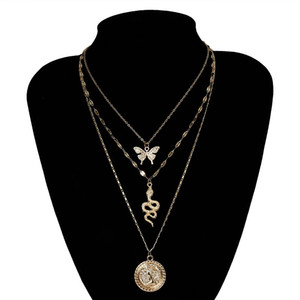 Find Me New Butterfly Pendant Necklace Women Cute Alloy Rhinestone Clavicle Necklace Geometric Simple Jewelry Fashion Accessory