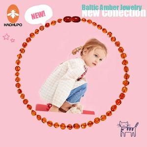 HAOHUPO Original-Bernstein Zahnen Halskette poliert Baltischen Bernstein Halskette für Baby-Jungen-Geburtstags-Geschenke GIC Frauen