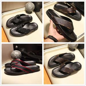 2020 Primavera New Top Quality Designer Leather Mens Sandals Verão Casual Plano chinelo Praia chinelo Homens Flip Flops Loafer Com Box