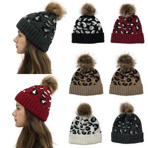 Caliente de la moda de las mujeres de la gorrita tejida del invierno Mujer Gorro de punto de lana estampado leopardo Cap orejeras para las mujeres