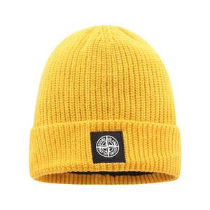 2020 ارتفاع نوعية الرجال كندا Monc مكبل قبعة للرأس مع ريال الفراء مضحك بوم محبوك قبعة صغيرة من الصوف الدافئة النساء حك بونيه بيني حك قبعة