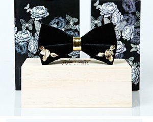 Free Shipping New Male mens fashion dress Handmade Men's Tattoo Sewing Original Design Rose Metal Groom Gowns Bowknot bow tie