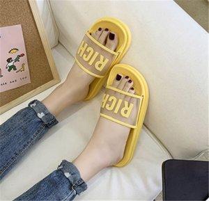 2020 new Women Beach Flip Flops Slippers Flat Women Causal Shoes Woman Gold Slipper Slides Crystal Bling Sandals Female Brand Slippers