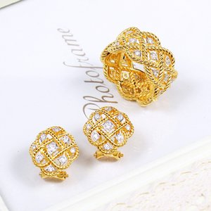 Hot Sale 2020 new 925 Sterling Silver Jewelry Gold Color Louts Earrings Flower Earrings Luck Clover Design Wedding Party Silver Earrings