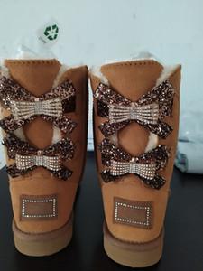Женская Kneel Boots моды Single Double Diamond Снег сапоги женщина зима кожа лук горный хрусталь корону теплый двойной алмаз пряжки