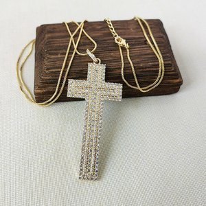 New Design Cross Shaped Micro Pave Full CZ Zircon Charm Pendant Necklaces Fashion Jewelry High Quality NK565