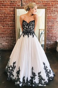 Unique Design Bride Dress Sexy Sweetheart A-line Wedding Party Dress with Black Lace Appliques Custom Made