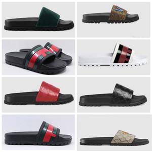 2020 Designer gomma sandali Nuovo broccato floreale modo del Mens pantofole rosse bianche Gear Bottoms Infradito Womens diapositive pistone casuale 10KQ901