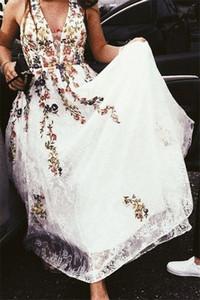 Charming Embroidered Women Evening Dress Halter Neck A-line Long Prom Gown Vestidos De Festa Custom Made