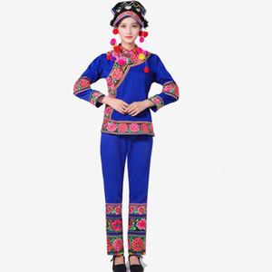 Gestickte Blume Miao Kostüm ethnischer Tanz Bühne tragen mit Kopfschmuck traditionellen Hmong Festival party Kleidung