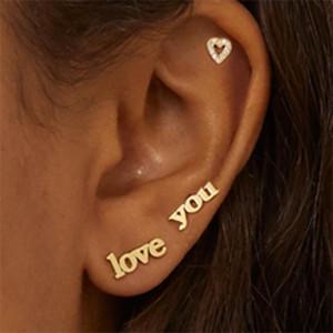 Новая мода Love You стержень сердце серьга для женщин Урожая Rhinestone сердца Письма хряща серьга Заявления ювелирных изделий 2020