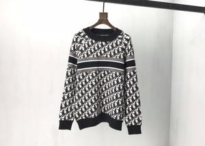 Otoño e invierno nuevas letras tigre cuello redondo de rayas jacquard suéter de los hombres de diseño de alta calidad informal suéter suéter con capucha