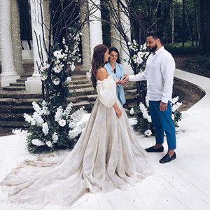 2020 Off The Shoulder Princess Wedding Dresses ruched Strapless Appliqued Puff Sleeves Bride Dress A-Line Backless Boho Wedding Gowns
