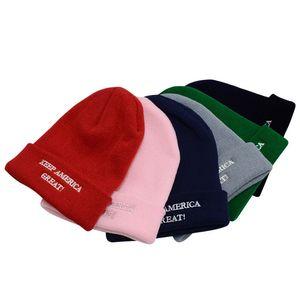 Presidente Trump Knit Hat Inverno Gorros quentes Mantenha América grande Donald Trump 2020 Letters bordados Beanie do crânio Tampão do Ear Muff D91002