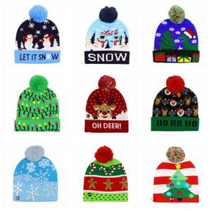 Warm LED Light-up de Navidad de punto Beanie del copo de nieve de Navidad ganchillo sombreros xams Luz Pompon bola de esquí casquillo al aire libre de Earflaps Gorros Cráneo Cap HHD1414