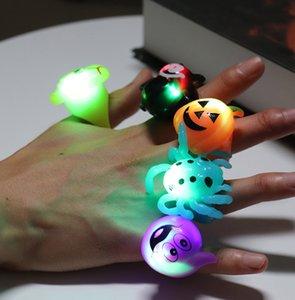 Aydınlık Halkalar Cadılar Bayramı Küçük Hediyeler Hediyeler Prom Parti Finger Of Son 5 Çeşit Parlayan Oyuncak Kabak Kafatası Kabak Bat Yüzük Işıklar