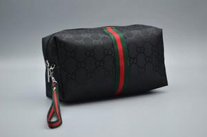 Gucci Longue carte de crédit Porte-passeport Pièce Zippy clé de poche Sac à main en cuir Portefeuilles Hommes Femmes Hommes Wallet Porte-monnaie Femmes porte-monnaie Sacs BAD09