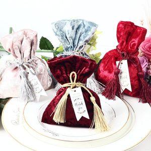 Sacchetto di velluto regalo con un ringraziamento carta frange nozze favori e confezione regalo di caramella per le forniture di nozze Baby Shower partito