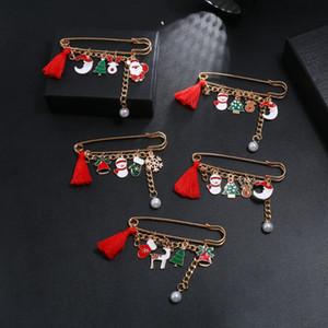 Bambini vestiti sciarpa Strumenti Pin Spilla Accessori Cute Cartoon Natale Spilla Pin Babbo Elk pupazzo di neve Sciarpa Fibbia Decor