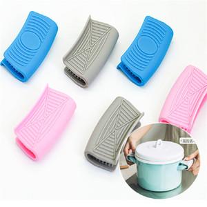 Ein Paar Grip Silikon-Topf-Halter-Hülsen-Pot Glove Pan Handgriff-Abdeckung Griff Küchenwerkzeuge Küchenwerkzeug kühlen Oberflächenschutz