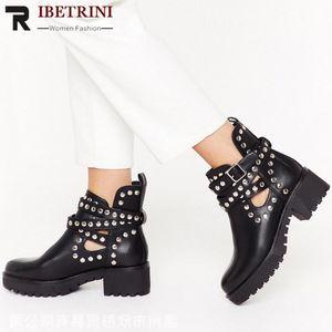 Piattaforma Buckel RIBETRINI donne di marca di Rivet della caviglia di modo Shoes Piazza Donne tacco Moto Stivali Designer