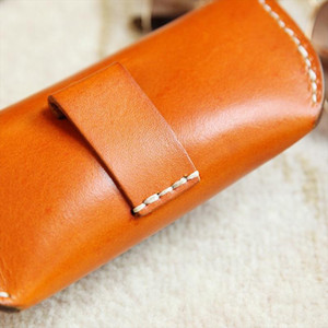New Eyeglasses Bag Vintage Fashion Genuine Leather Material Buckle Eyeglasses Box Sunglasses for Men Women Black Brown