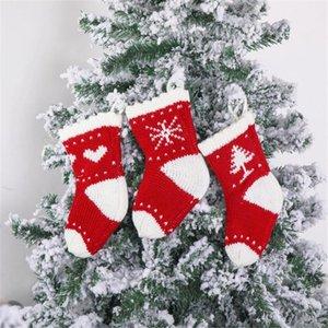 Árvore de Natal feita malha Sock de suspensão em forma de coração enfeites do floco de neve presente saco de tricô de lã Xmas Stockings Doces Sacos