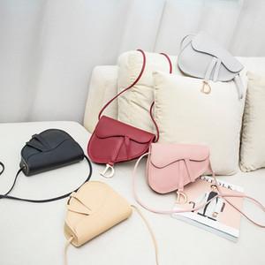2020 여름과 가을 새로운 유행 패션 안장 가방 숙녀 크로스 바디 대각선 휴대 전화 동전 지갑 어깨 whloesale 여성의 핸드백