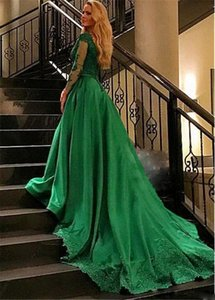 Gorgeous Quinceanera DressesTulle V-neck Ball Gown Long Sleeves Evening Dresses Lace Appliques Green Prom Gowns Vestidos De Festa