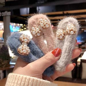 Clipes Acessórios de luxo Inverno suave Plush bowknot da menina do cabelo Mulheres Faux Fur Waterdrop Hairpin cabelo das meninas Barrettes