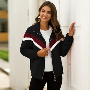 Sport Fitness Jacke Laufen Hoodies Daumenloch Jacket Women Top genähtes Striped Tasche Sportwear Gym Zipper Yoga Mantel-Kleidung