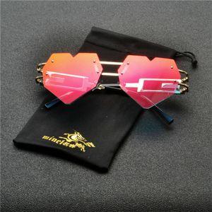 MINCL 2020 New Fashion Love Heart Cat Sunglasses Women Brand Designer Vintage Small Pink Sun Glasses Shades UV400 NX