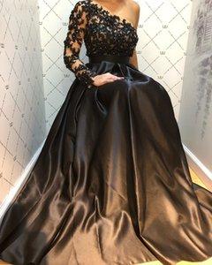 2020 Arabic Dubai One Shoulder Black Prom Dresses A Line Appliques Lace Beaded Satin Formal Long Evening Gowns Party Dress Robe De Soriee