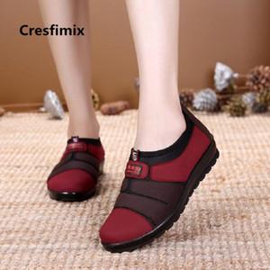 femmes Cresfimix mode doux glissement confortable mocassins dame casual chaussures de danse de rue rétro femme chaussures rouges Zapatos a2677
