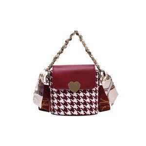 Mini Size women woolen shoulder bags houndstooth knitting crossbody bags lady evening purse handbags chain waist bag