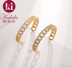 DORA Europe and the new letter big circle earrings brass retro twist earrings exaggerated earrings fashion high sense