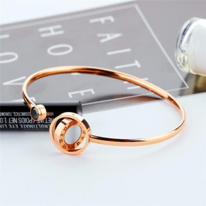 New Coming Stainless Steel Pearl Oysters Rose Gold Color Invisible Mosaic Bracelet Vintage Bracelets Bangle Jewelry for Women
