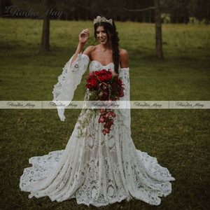 Bohemian Lace Gothic Wedding Dress with Long Sleeves Vintage Celtic Bridal Gowns A-line Plus Size Boho Bride Dress Hippie 2020