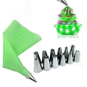 14PCS Set Silicone Icing Piping Cream Pastry Bag + 12 PC Stainless Steel Nozzle Pastry Tips Converter DIY Cake Decorating Tools