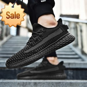 2020 men sports and leisure Non slip rubber sole Fashion runing shoes Soft soles Black gray white Sizes 39-46 A6837