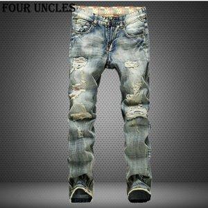 El tamaño grande 42 2020 de estilo europeo Hombre Jeans Agujeros Frazzled vaqueros pantalones casuales para hombre Ocio dril de algodón largas de luz azul QQ0293
