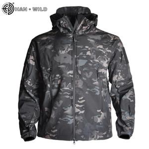Пешеходные куртки акулы кожи Soft Shell Одежда Tactical Куртка мужская ветровка Flight Pilot Hood Military Fleece Jacket поле Тепловое