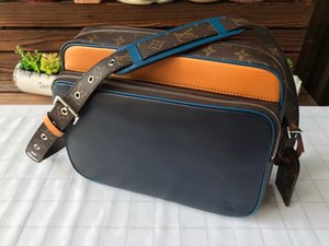 Woman LuxurDesigner BagHandbags High Qualit y sMessen gers Bag LuxussrsSy Saddle Bay51465-1
