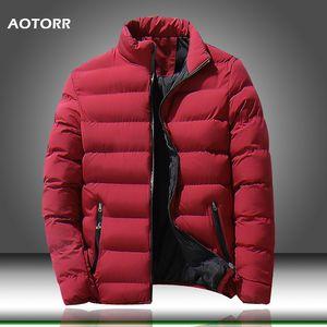 2019 neue Winterjacken Parka Männer Marke Herbst Warme Feste Farbe Outwear Slim Fit Herren Baumwolle Gepolsterte Mäntel Männliche Casual Jacke T200318