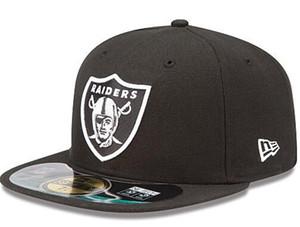 2020 Moda Hip Hop Klasik futbol Takımı Siyah akıncı Boyut Kapalı Caps Kırmızı KC Beyzbol Spor Tüm Takım Gömme Şapkalar Boyutu'nda 7- Boyut 8