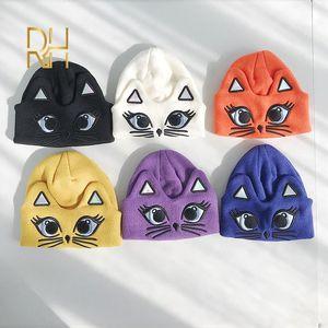New Stickerei Strickmütze Frauen-Winter-Hut Innocent Lässige Kleidung Mütze Cartoon Kitty Cotton Cap Outdoor-Warm-Maske Fun Beanie RH