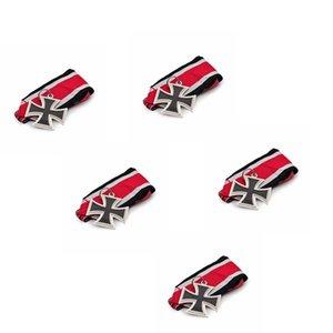 5adet 1831 Almanya Çapraz Madalyası Askeri Şövalye Meşe Yaprak Kılıçlar Demir Haç Pin Badge ile Kırmızı Kurdeleler
