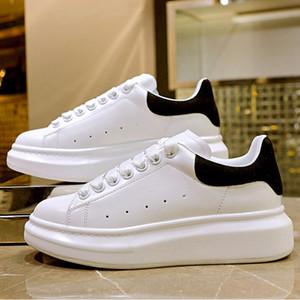 Nouvelle plate-forme Noir Blanc réfléchissant Cuir Casual Sneakers Hommes Femmes Mode Chaussures arc joli velours Chaussures Chaussures d'or plate-forme